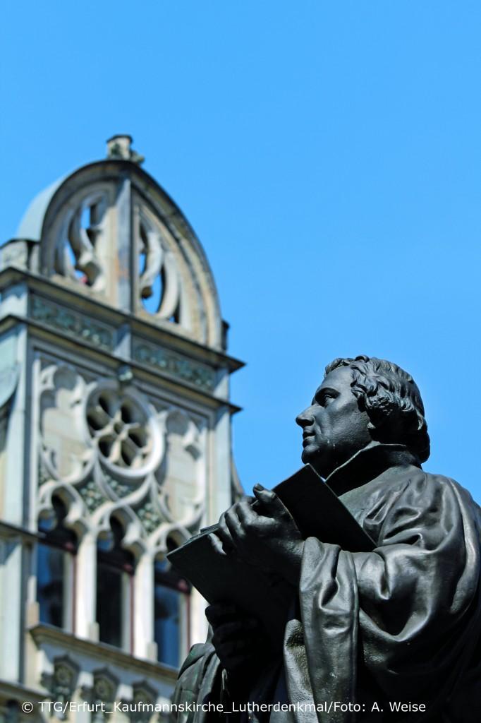 Erfurt_Kaufmannskirche_Lutherdenkmal