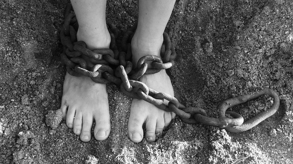 CAREF Esclavos