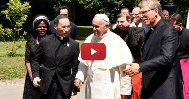 El Papa Francisco visita el Consejo Mundial de Iglesias