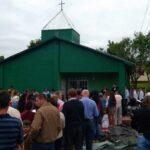 Después de 40 años, la comunidad de Alicia Alta inauguró su capilla de material