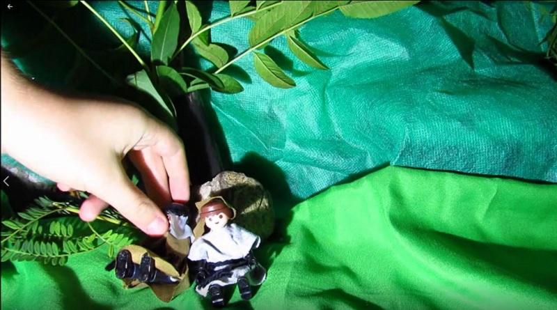 Jesús ora en el monte de los olivos con playmobil